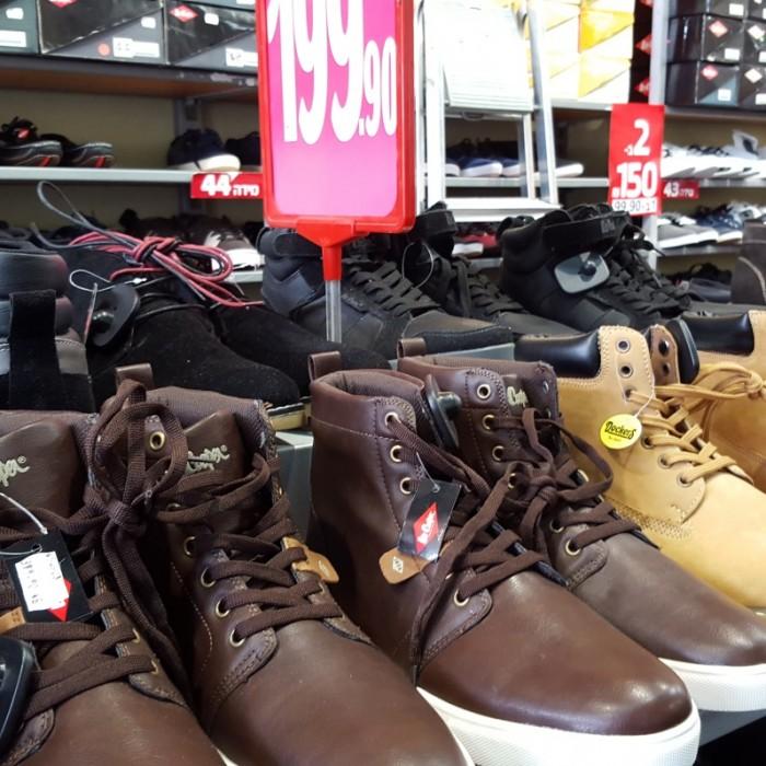 נעלי גלי עודפים, נעלי גברים 200 שקלים