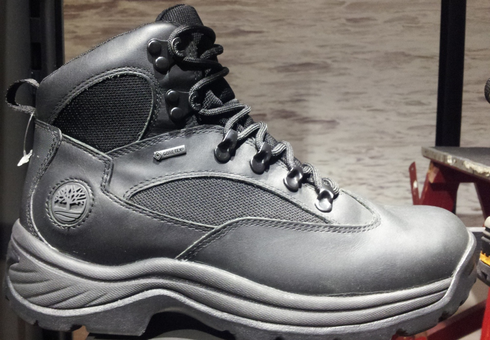 נעלי הטרקים של טימברלנד
