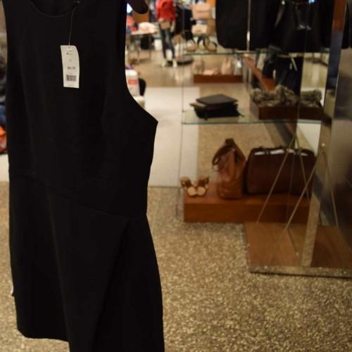 100$ בננה ריפבליק נשים קניות בניו יורק