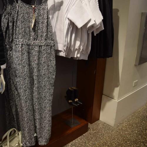 130$ בננה ריפבליק נשים קניות בניו יורק