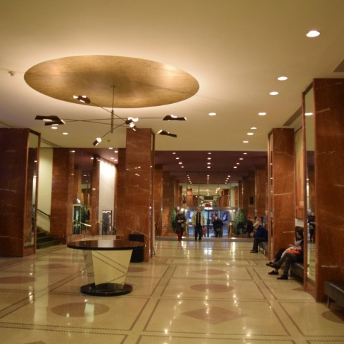 הכניסה למלון פנסילבניה ניו יורק