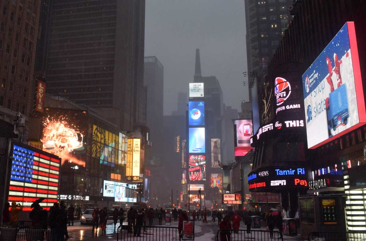times-square-winter-snow-nyc