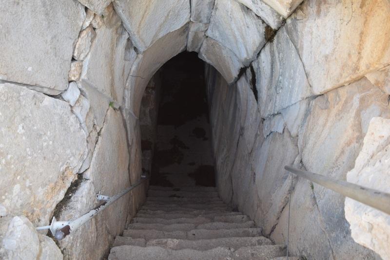 מעבר תת קרקעי מצודת נמרוד