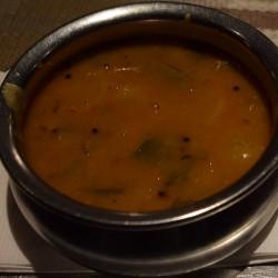 סמבר – טעים מאוד, חריף, סמיך 5$. מסעדת pongal ניו יורק