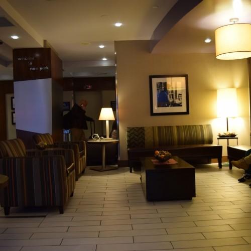 הלובי מלון האמפטון אין מדיסון סקוור גארדן ניו יורק
