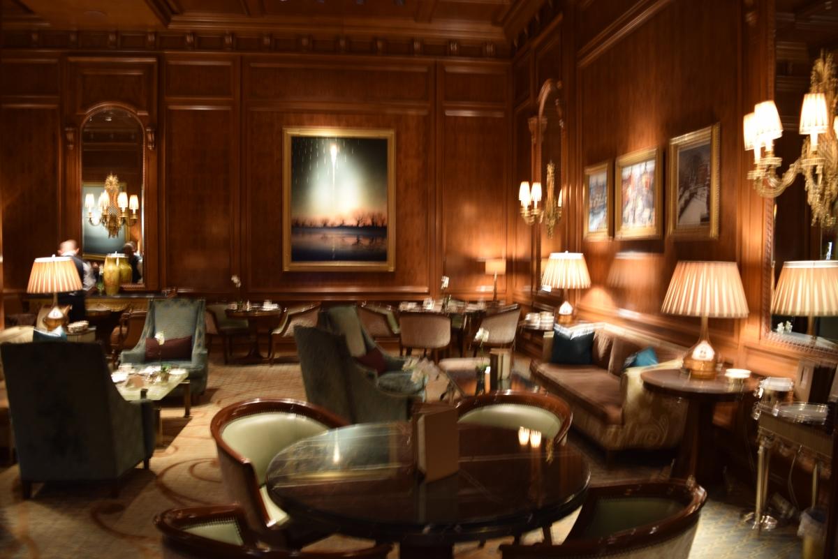 חלק מלובי מלון ריץ קרלטון ניו יורק