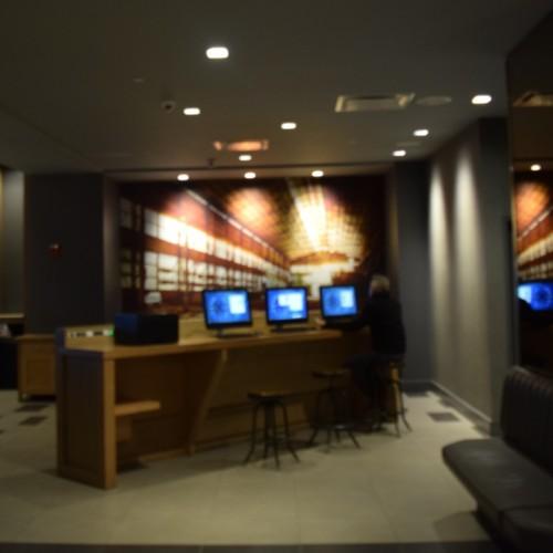 מרכז העסקים ולובי במלון מנהטן בטיימס סקוור