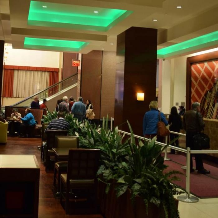 הקבלה מלון קראון פלאזה ניו יורק