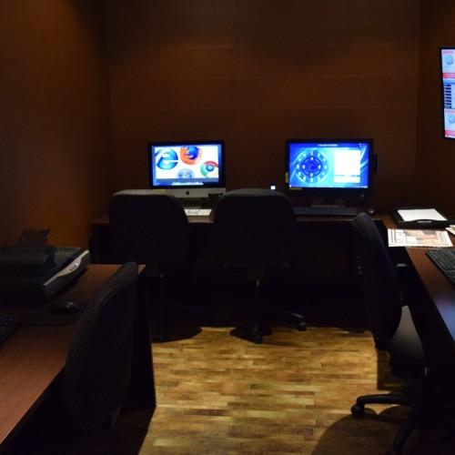 חדר המחשבים