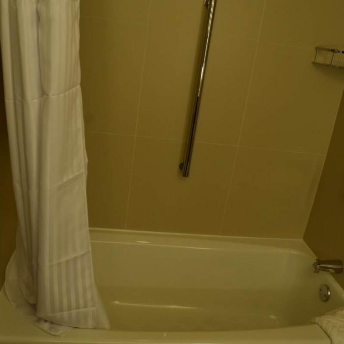 האמבטיה מלון הילטון טיימס סקוור ניו יורק