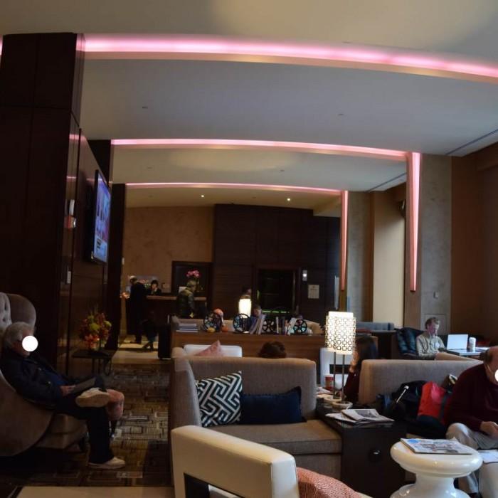 הלובי מלון הילטון טיימס סקוור ניו יורק
