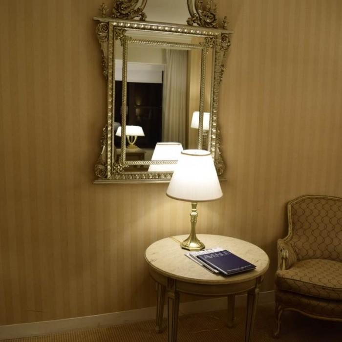 ריהוט בחדר מלון פארק ליין ניו יורק