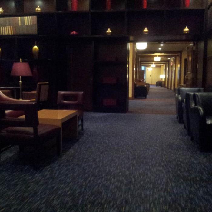 חלק מהלובי בקומה השניה מלון רזידנס אין טיימס סקוור