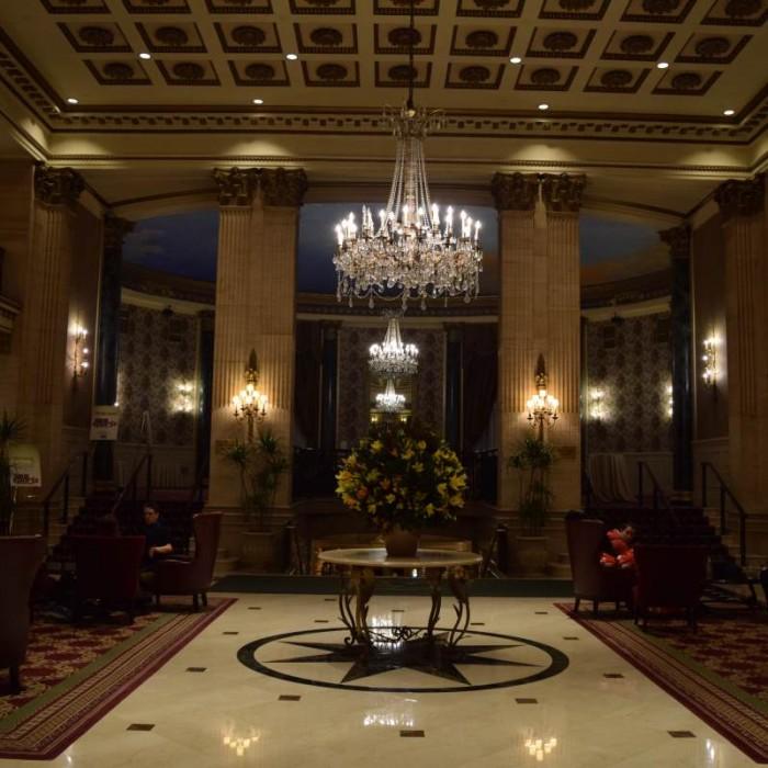 לובי מלון רוזוולט ניו יורק