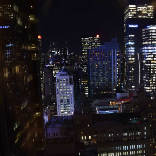 """נוף """"רגיל"""" מהקומה ה- 39 מלון מריוט מרקיז ניו יורק"""