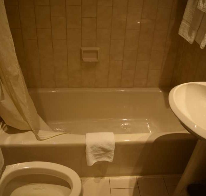 חדר האמבטיה מלון וולינגטון ניו יורק