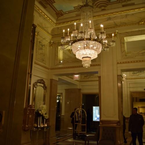 הכניסה למלון סט ריג'ס