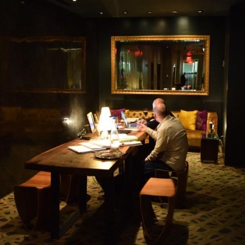 הלובי מלון Ink48
