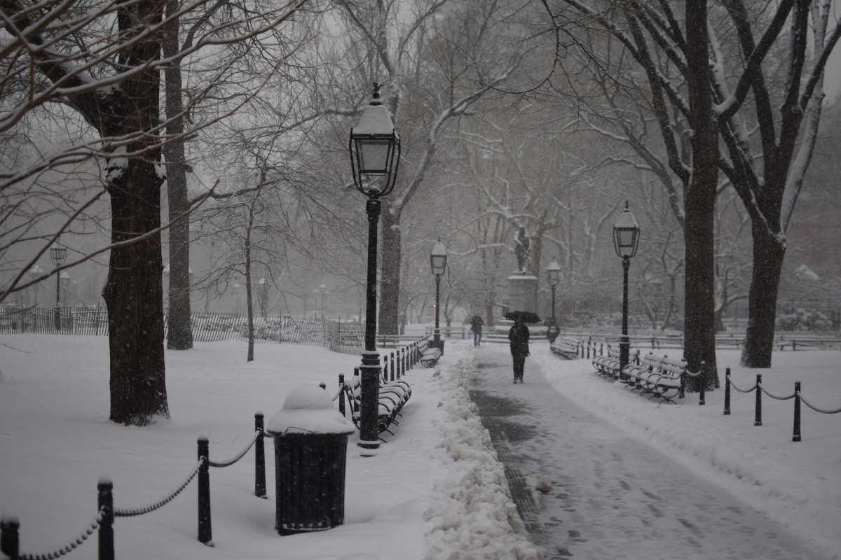 washington-square-nyc-snow-3