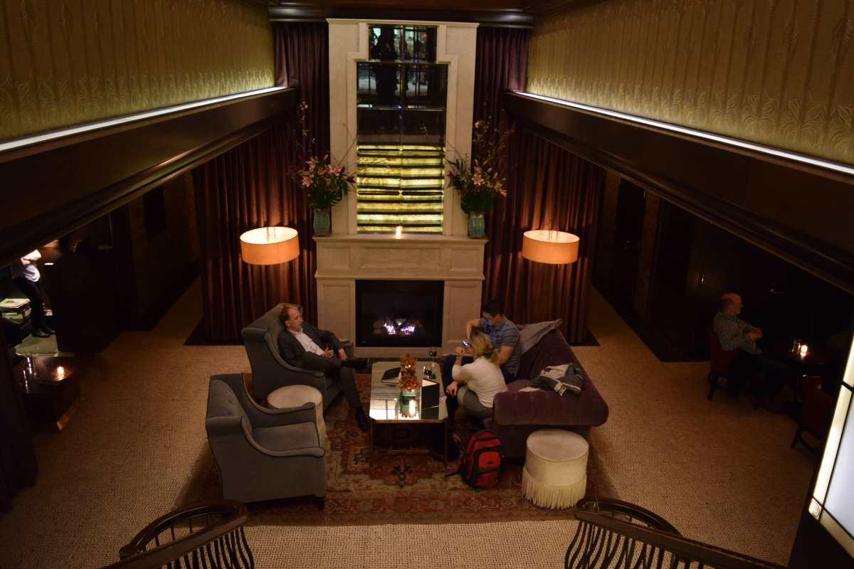הכניסה למלון ג'ייד Jade Hotel