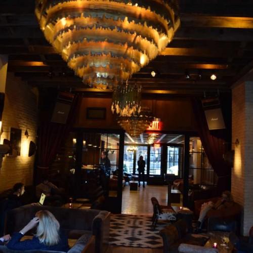 הכניסה מבט מבפנים The Ludlow Hotel