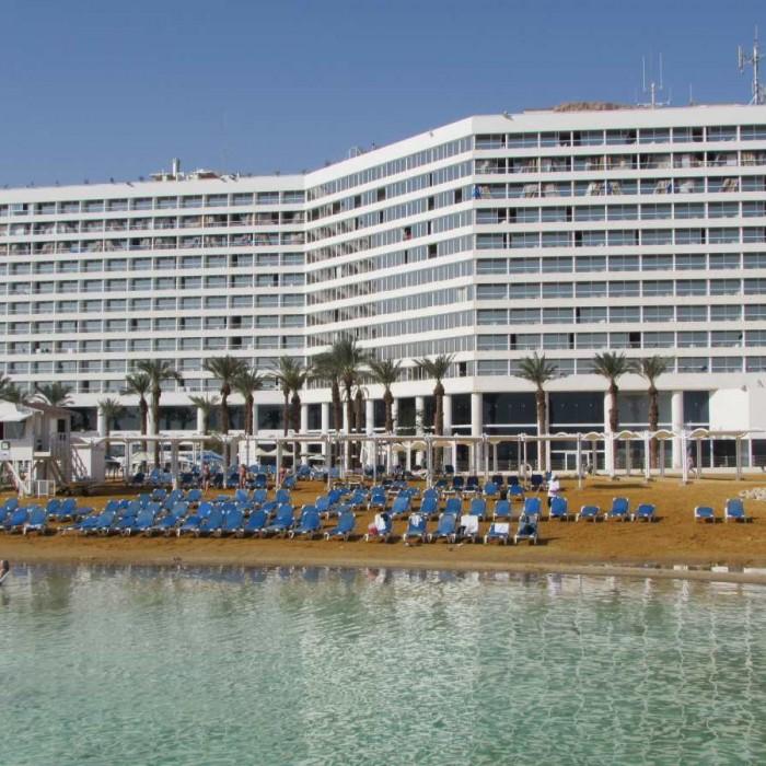 מלון קראון פלאזה ים המלח