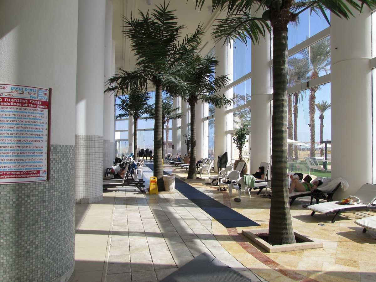 מתחם ישיבה ספא מלון קראון פלאזה ים המלח