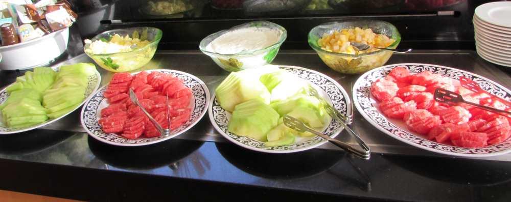 לפתנים ארוחת בוקר מלון דיוויד ים המלח