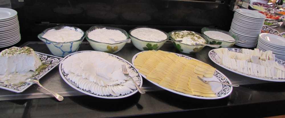 גבינות ארוחת בוקר מלון דיוויד ים המלח