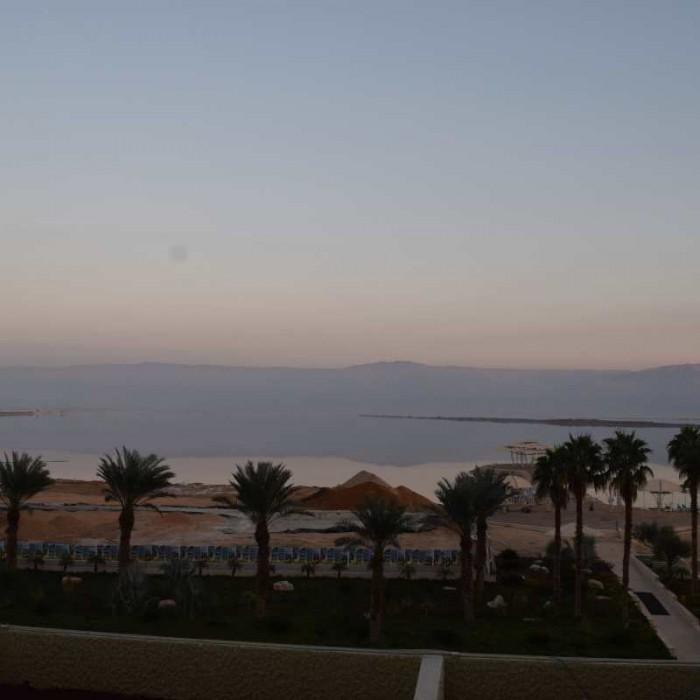 הנוף מהחדר מלון הרודס ים המלח