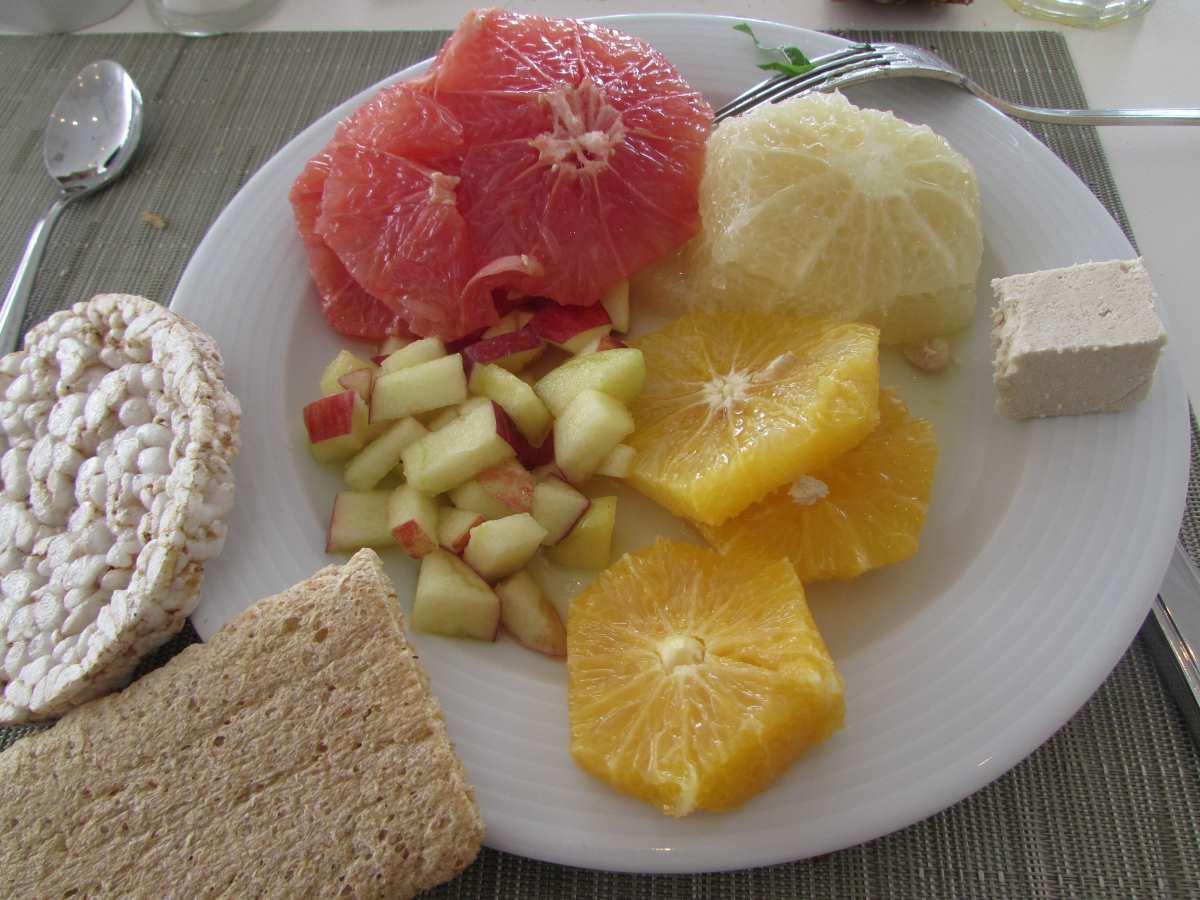 isrotel-ganim-dead-sea-hotel-breakfast-3