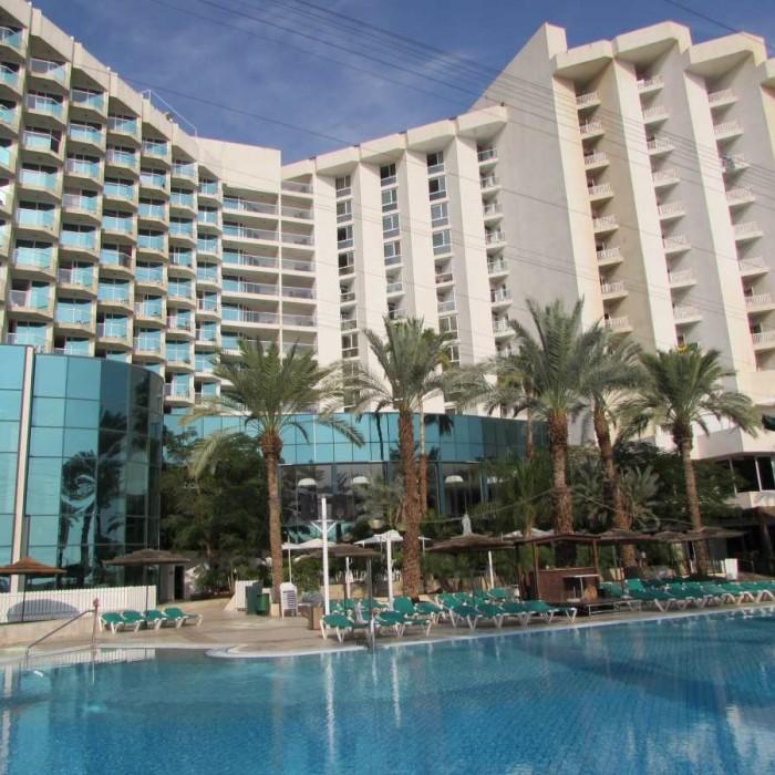 הבריכה והמלון מלון לאונרדו קלאב ים המלח