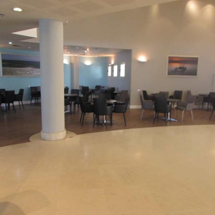 הלובי מלון לאונרדו פריוילג' ים המלח