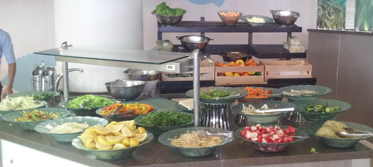 פינת בריאות ארוחת בוקר מלון מג'יק פאלאס אילת