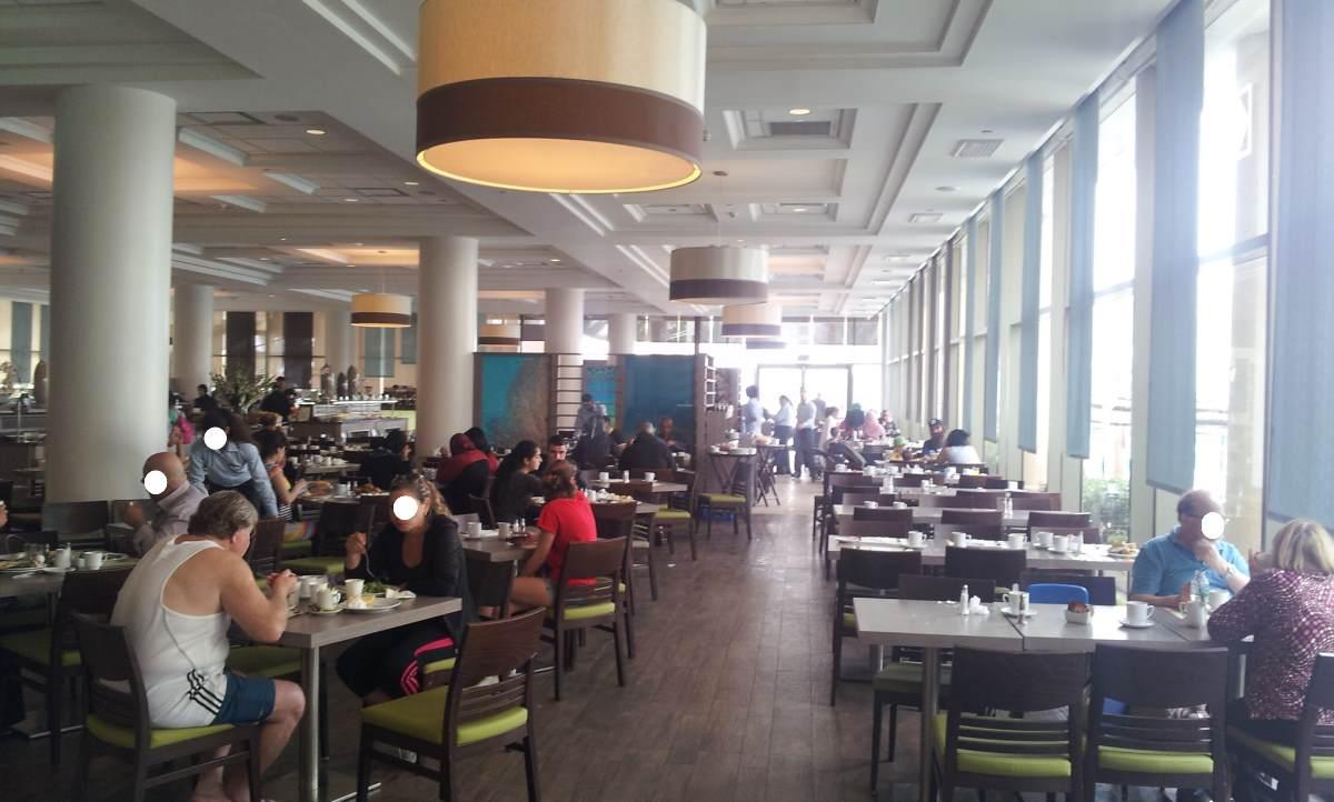 חדר אוכל מג'יק פאלאס אילת