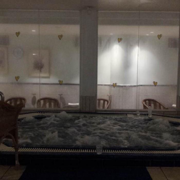 הג'קוזי בספא מלון מג'יק פאלאס אילת