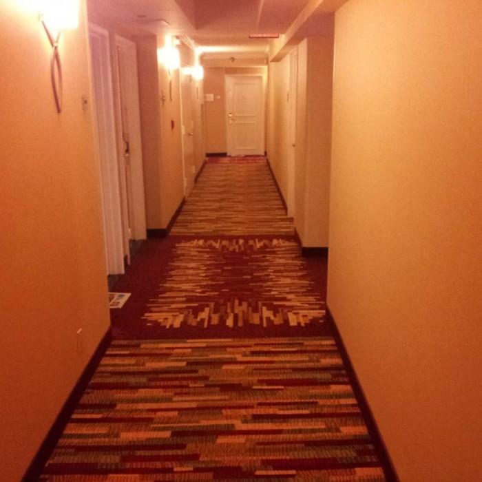 מסדרון בקומת החדרים מלון מריוט דאונטאון ניו יורק