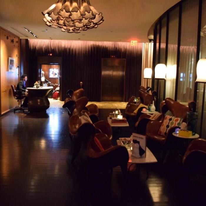 לובי מלון רנסנס רחוב 57 ניו יורק