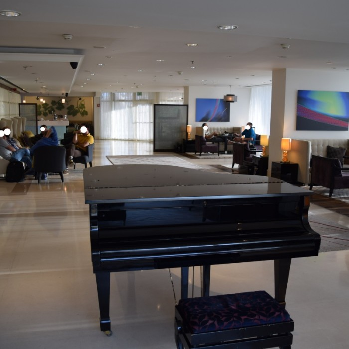 הלובי מלון קרלטון תל אביב