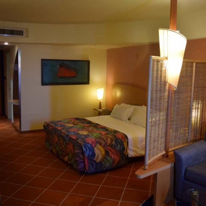 החדר בלילה מלון דן אילת