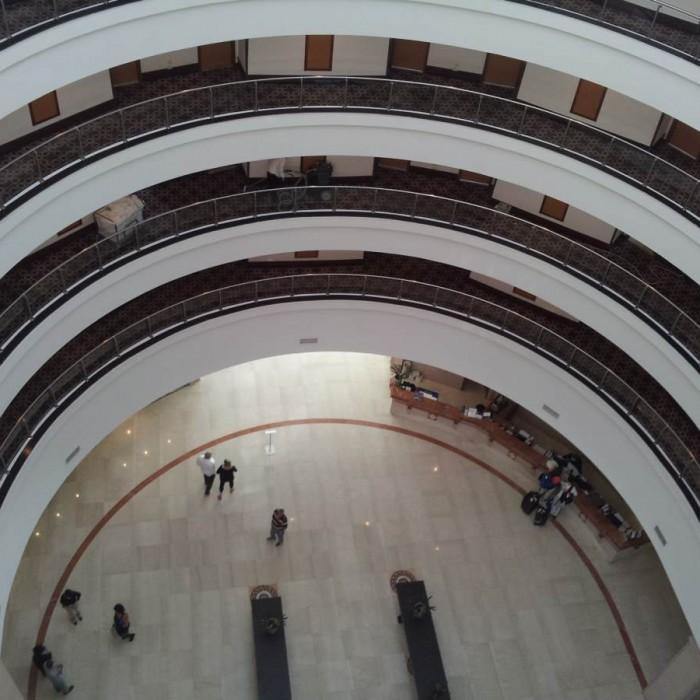 מבט אל חלל המלון מלון דן פנורמה אילת