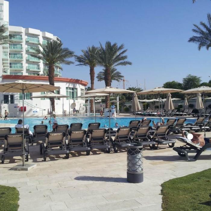 הבריכה מלון דן פנורמה אילת