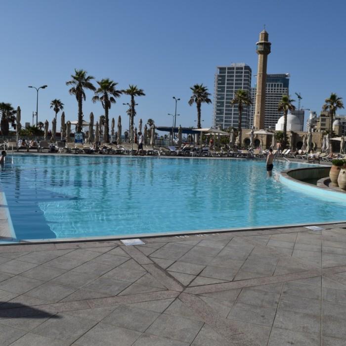 הבריכה מלון דיוויד אינטרקונטיננטל תל אביב