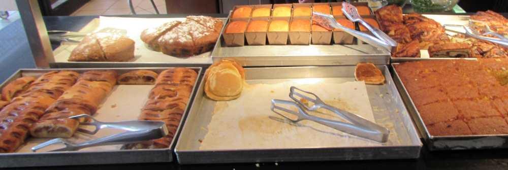 עוגות ומאפים ארוחת בוקר מלון לגונה אילת