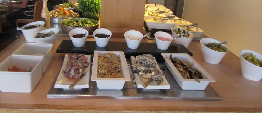 דגים ארוחת בוקר מלון לגונה אילת