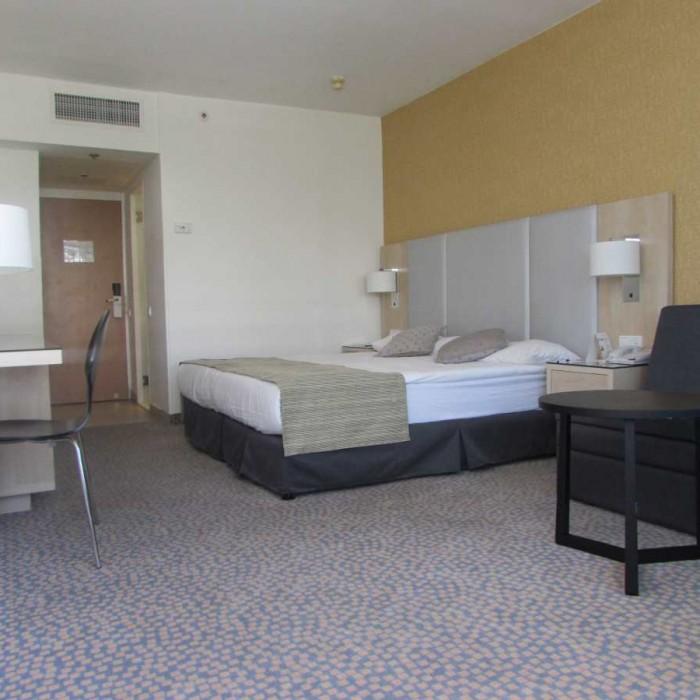 החדר מלון ישרוטל לגונה אילת