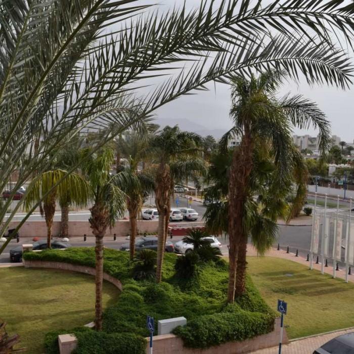 הנוף מהחדר מלון לאונרדו קלאב אילת