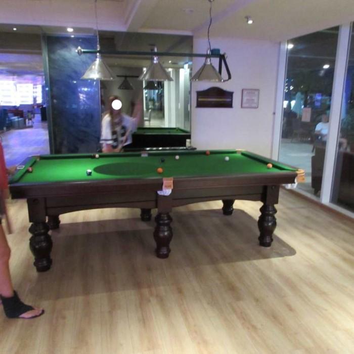 ביליארד לצד הלובי מלון לאונרדות פלאזה אילת