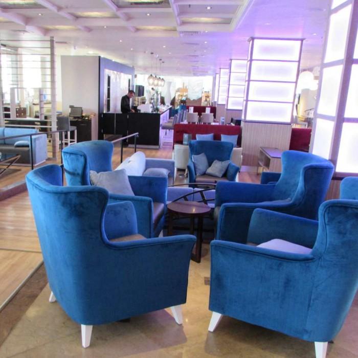 כורסאות בלובי מלון לאונרדות פלאזה אילת