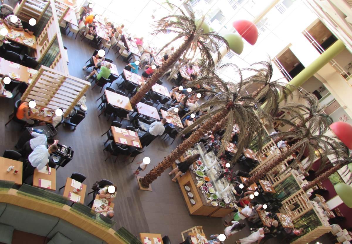 חדר אוכל מלון לאונרדו פלאזה רויאל ריזורט אילת